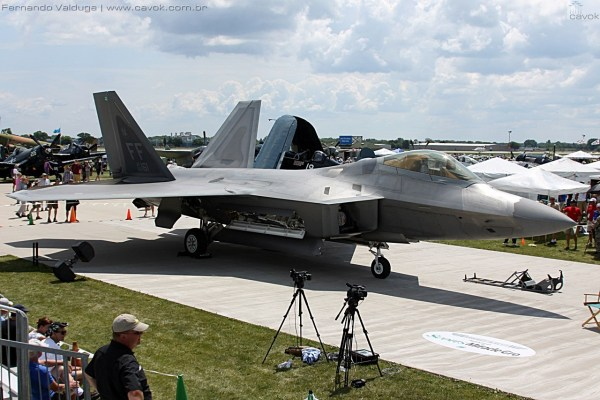 "O F-22 Raptor do ""Warbirds in Review"". (Foto: Fernando Valduga / Cavok Brasil)"