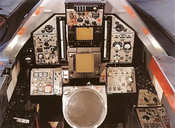 Lockheed YF-12A – Cockpit do Oficial do Sistema de Armamentos – Lockheed Martin