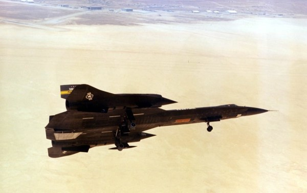 Lockheed YF-12A, Artigo 1002 (60-6935), 1975 – James C. Goodall Collection (2)