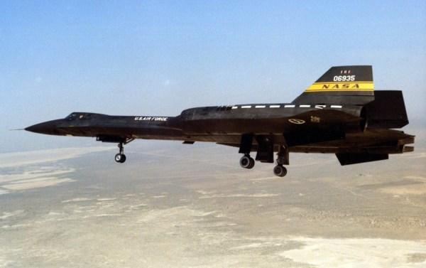Lockheed YF-12A, Artigo 1002 (60-6935), 1975 – James C. Goodall Collection