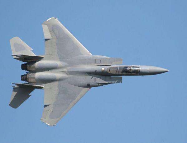 F-15_capa