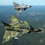 PODER SUECO: SAAB J-37 Viggen