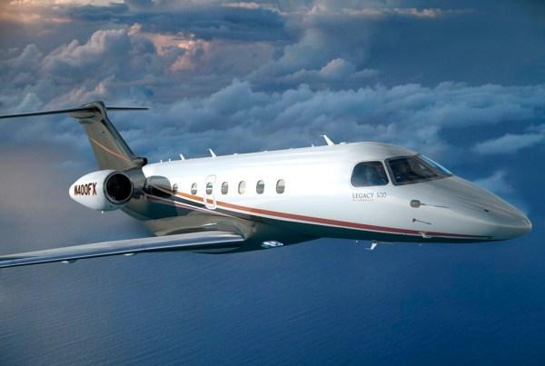 Jato executivo Legacy 500 nas cores da Flexjet. (Foto: Embraer)