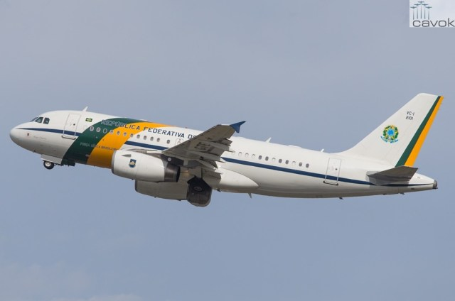 FAB 2101 - Airbus A319-133XCJ (VC-1A), Foto - Lance C Broad