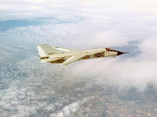 F-111B_capa #1