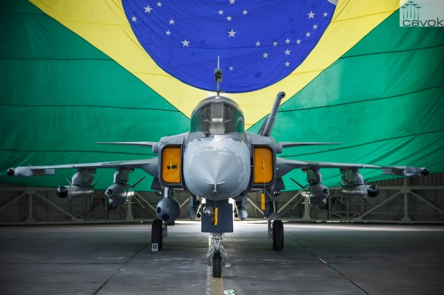 Gripen-NG-Mock-up (SGT Rezende - FAB)