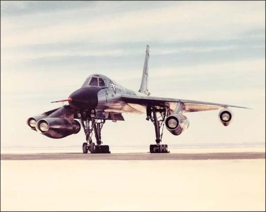 B 58 4 - Bombardeiros do pós-guerra: Convair B-58 Hustler