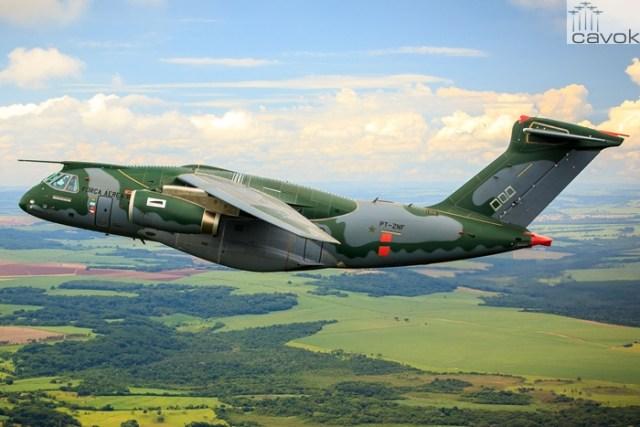 KC-390 em voo no interior de São Paulo, Foto – Sgt Batista, Força Aérea Brasileira (1)