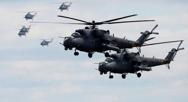 O Afeganistão pretende adquirir um número ainda indefinido de helicópteros Mi-35 e Mi-17 da Rússia. (Foto: Kirill Kallinikov)