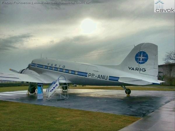 """2016 07 26 PHOTO 00000088 600x450 - Avião Douglas DC-3 da Varig disponível para visita no """"Varig Experience"""""""