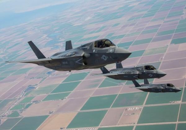 7TrwvhW 600x418 - EUA vão implantar caças F-35 no Japão em 2017