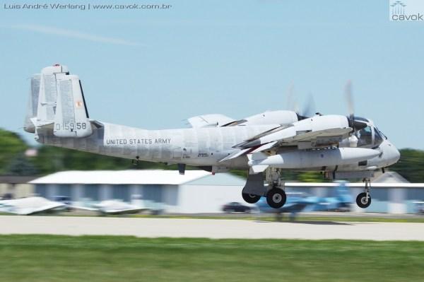 Um Grumman OV-1 Mohawk particular. (Foto: Luís André Werlang / Cavok)