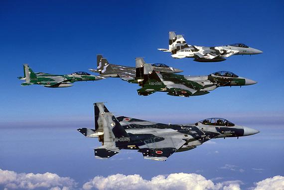 A Força de Autodefesa Aérea do Japão possui cerca de 200 caças F-15J atualmente em operação.