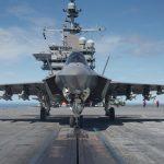 Solução para o problema de trem de pouso do F-35C vai ser testada na próxima semana