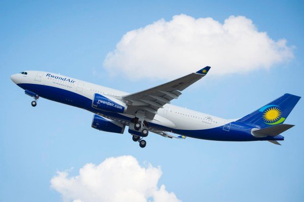 A primeira aeronaves Airbus A330 da companhia aérea Rwandair. (Foto: H. Goussé / Airbus)