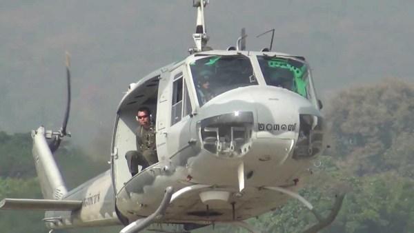 Helicóptero Bell UH-1H Iroquois do Exército da Tailândia.