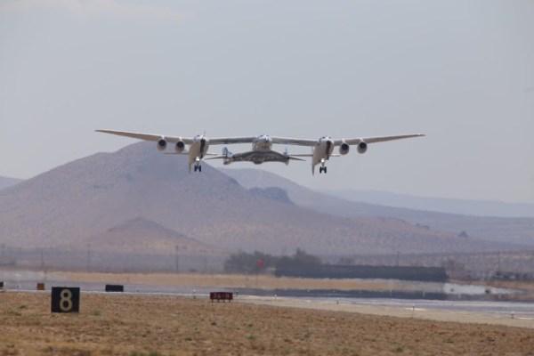 O voo de teste foi realizado no Deserto de Mojave. (Foto: Virgin Galactic)