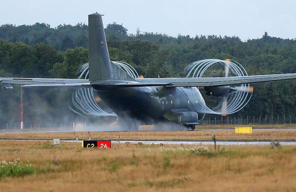 Até 2012 a frota de C-160 Transall da Alemanha será desativada. (Foto: Reuters)