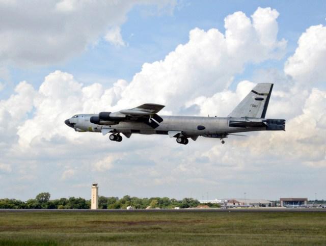 B 52H Ghost Rider 1 - B-52H 'Ghost Rider' declarado operacional