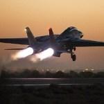 IMAGENS: Irã realiza grande exercício militar com seus caças F-14 e MiG-29