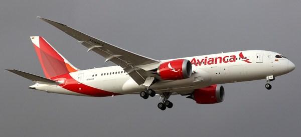 A Avianca cancelou todos voos para Venezuela e disse para que os voos comerciais evitem sobrevoar o espaço aéreo venezuelano.