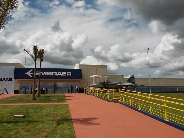 Gripen NGBR 0 - CAVOK na inauguração do Centro de Projetos e Desenvolvimento do Gripen na Embraer