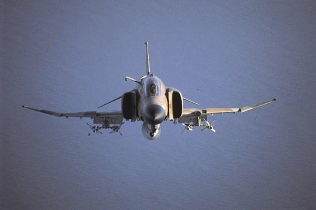 F 4 8 - Guerra do Yom Kippur: choque de Titãs