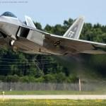 USAF inicia modernização de sensores e softwares de armas do F-22 Raptor