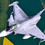 Saab espera que Croácia em breve selecione novo caça a jato