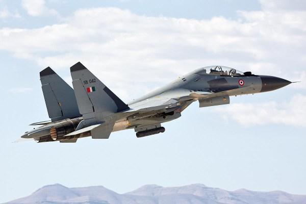 su30mki 600x400 - Força Aérea da Índia ainda sem sinal do Su-30MKI que desapareceu esta semana