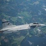 Índia enviará pedido de informações para caças da Lockheed e da Saab