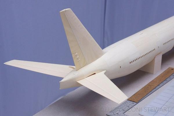 777 8 600x401 - VÍDEO E IMAGENS: Um Boeing 777 todo feito de papel