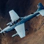 VÍDEO: Força Aérea Afegã lança primeira bomba guiada a laser de um A-29 Super Tucano
