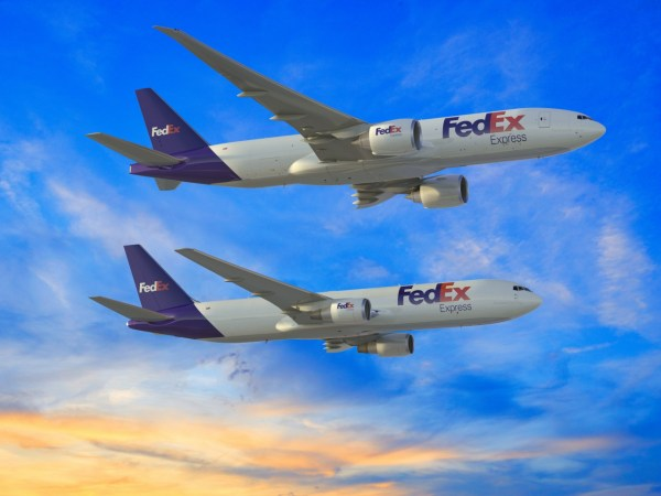 FED 777F 767 300F 2 up R2 PR 600x450 - Boeing e FedEx Express anunciam encomenda para 24 cargueiros médios e de grande porte