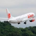 FAA e Boeing estudam necessidade de mudanças de software no 737 MAX após acidente na Indonésia