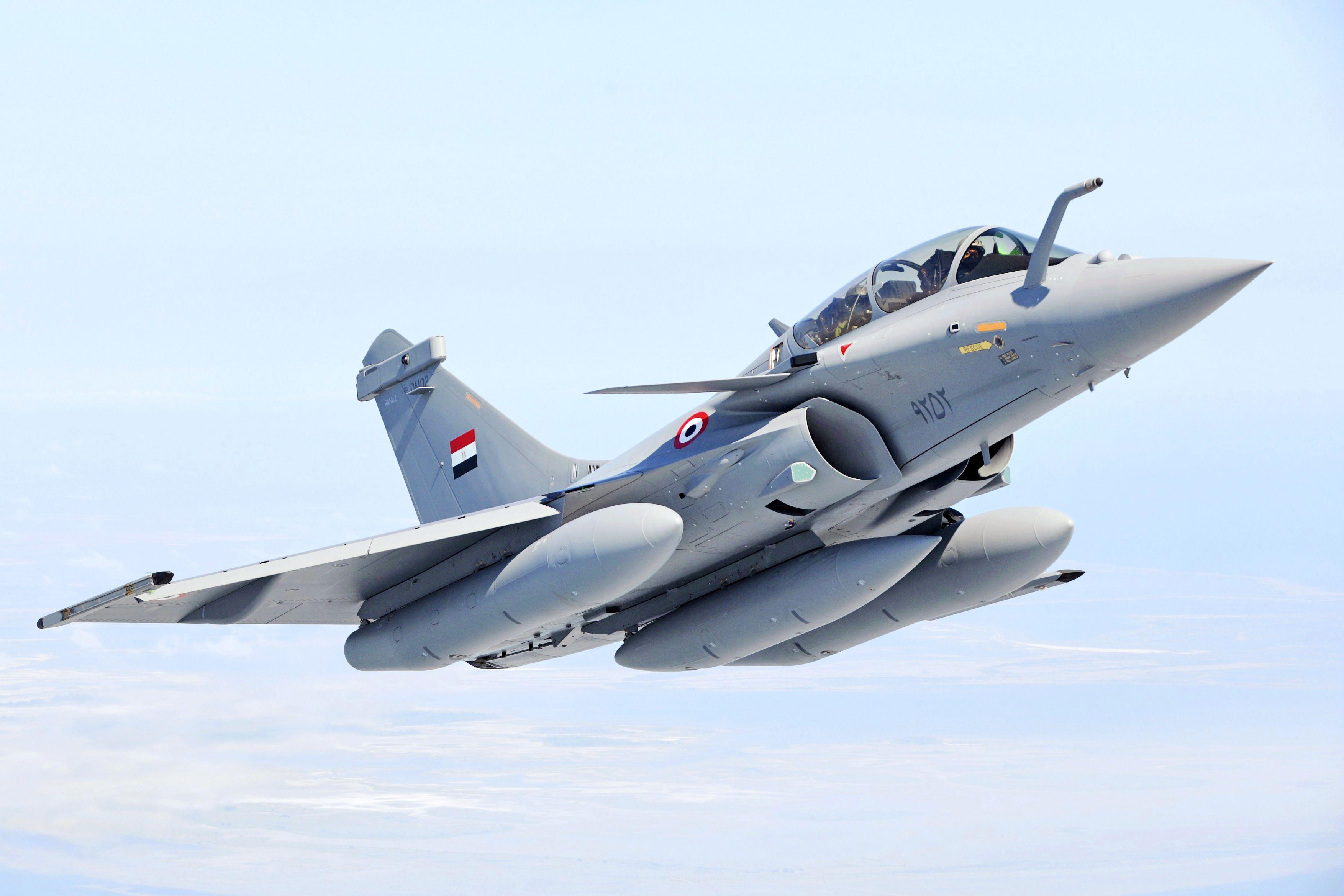 Dassault próxima de confirmar pedido adicional de 12 caças