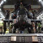 Exército britânico faz estreia histórica com seus Apaches no Ártico
