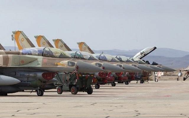 F 16 barak - Ofertas de F-16 na Europa central enfrentam barreiras políticas