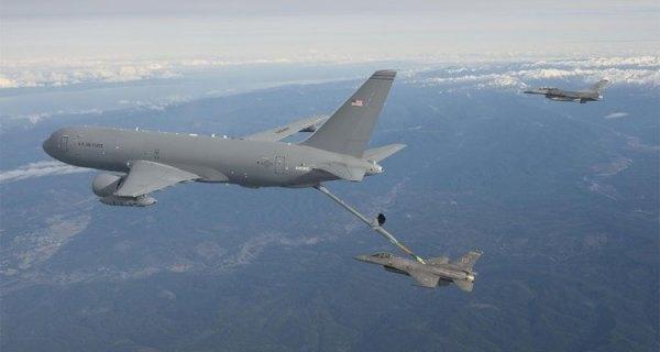 kc 46 pegasus 600x320 - USAF: KC-46 realiza primeiro reabastecimento aéreo operacional