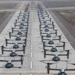 IMAGENS: USMC realiza espetacular Elephant Walk com 27 MV-22s e 16 helicópteros CH-53Es