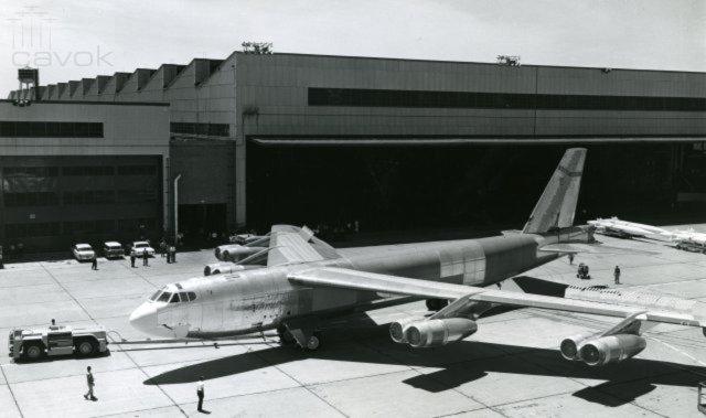 B 52H - Feliz Aniversário: 57 anos do ultimo Stratofortress
