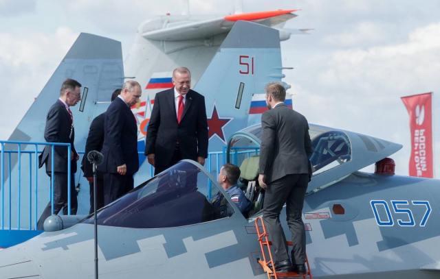 """69332325 2697551840277596 617912667088093184 n - MAKS: Presidente turco conhece caça Su-57 junto de Putin e pergunta: """"é este que estou comprando?"""""""