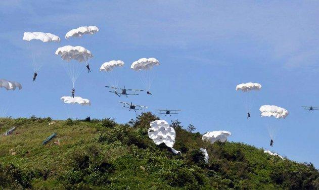 an 2 para 1566639352 - Coreia do Norte simula ataques a jatos F-15K no solo com seus antigos biplanos An-2