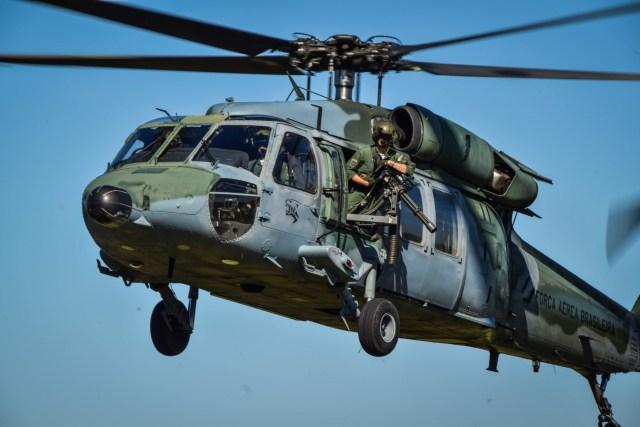 DSC 0391 - Esquadrão da FAB realiza campanha de tiro lateral com helicópteros Black Hawk
