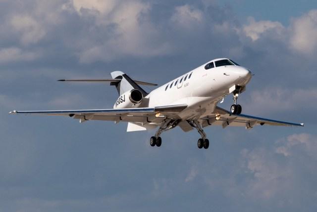 EGkdQpJWsAMjryP - NBAA: SyberJet conclui primeiro voo da aeronave SJ30i