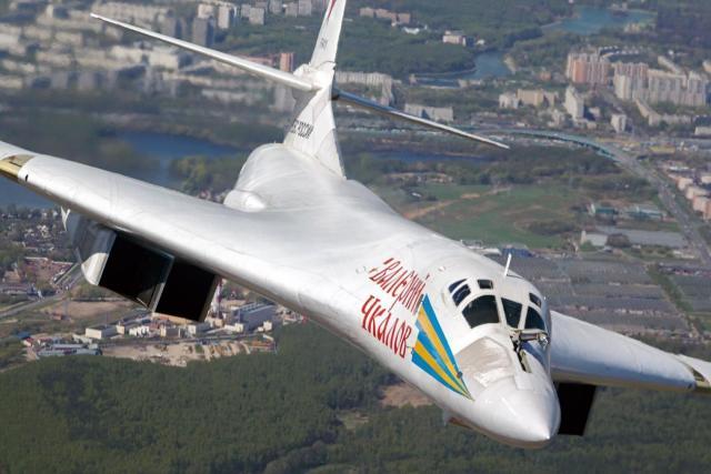 Tupolev Tu 160  Valeriy Chkalov  0 - Dois bombardeiros estratégicos Tu-160 russos realizarão voo para África do Sul