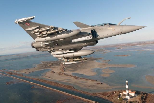 DA00031319 S i - França detalha os planos para manter seus caças Rafale até 2070