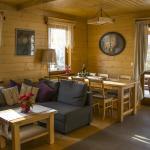 quaint-timber-cottage