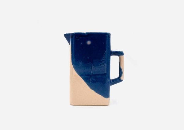 Jarra Cuadrada. Mancha Azul Cobalto. (L)