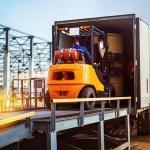 chargement camion à quai